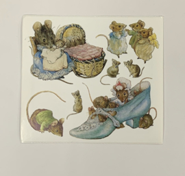 Mouse Family Peter Rabbit by Beatrix Potter - Colorbok