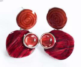 Kleine oorbelletjes spiraal rood