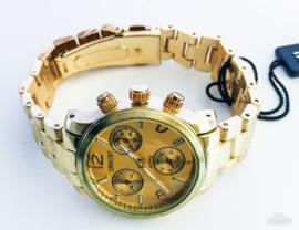 Horloge metaal goudkleur
