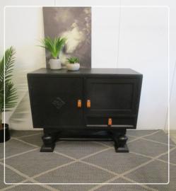 Stoer vintage kastje halkastje tv kastje zwart