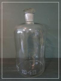 Oude apothekers fles met glazen stop stopfles  (42 cm)