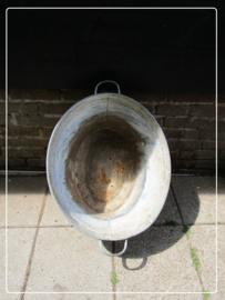 Oude brocante zinken teil (60 x 43 cm) (T032)