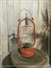 Oude vintage stormlamp (A)