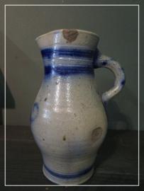 """Oude antieke brocante schenkkan blauw/grijs """"Roermond"""" (25 cm)"""