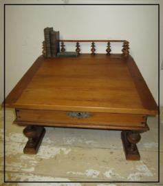 Antieke grenen lessenaar schrijftafel