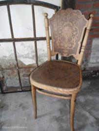 Antiek Weens  stoeltje van Jacob & Josef Kuhn