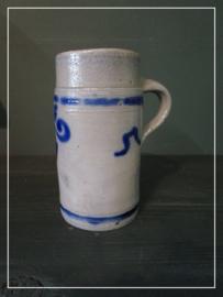 Oude brocante bierpul blauw/grijs (16 cm)