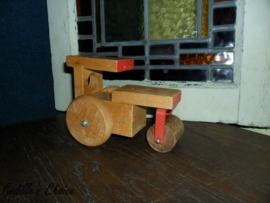 Oude brocante houten stoomwals