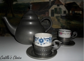 Tinnen koffie/thee potje met kopjes