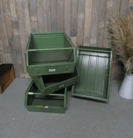 Stoere stapelbak magazijnbak met grijpopening metaal (70 cm)