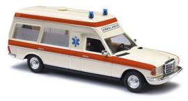 BA 522001 MB VF 123 KW Ambulance '77 Holland 1:87