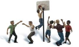WLS A2760 Basketballers met basket 1:43