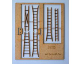 set 4 ladders O 1:43,5