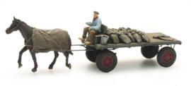 387 276 Kolenboer paard en wagen HO 1:87