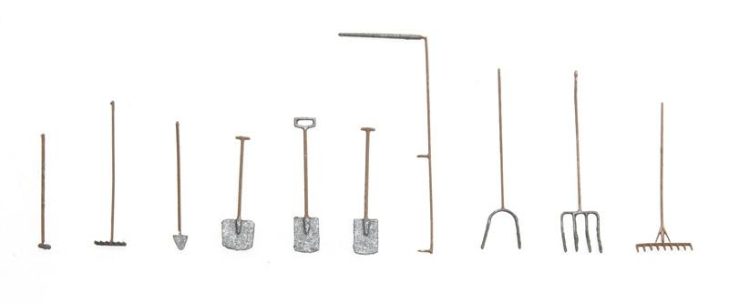 10 335 Gereedschappenset boerderij/tuin HO 1:87 kit