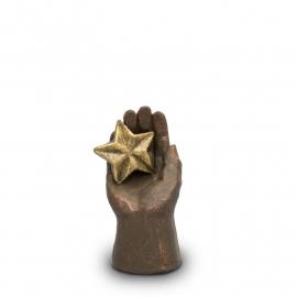 Geert Kunen urn UGK 003, handje met ster