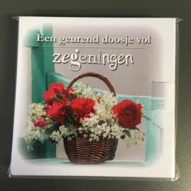Een geurend doosje vol zegeningen 'mandje met rozen'