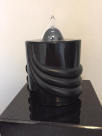 kaars (zwart) , brand 300 dagen incl batterij