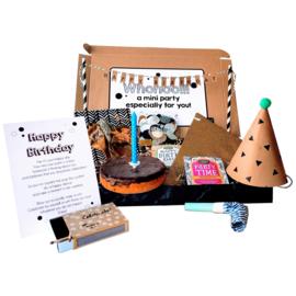 Happy Birthday box L