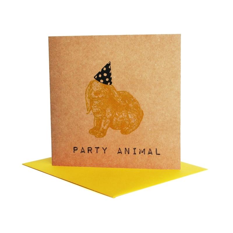 Kaart party animal  konijn geel