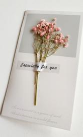 Kaartje droogbloemen roze