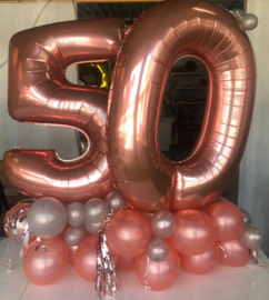 Standing double number balloon