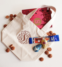 Sinterklaas mini tote with sweets