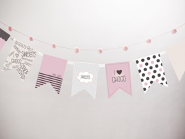 Paper bunting sweets