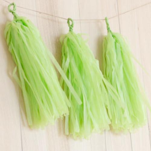 DIY tassels green (5pcs)