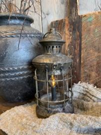 Oude led lantaarn old metaal