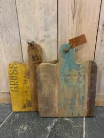 Mooie tapasplank gemaakt van oud hout