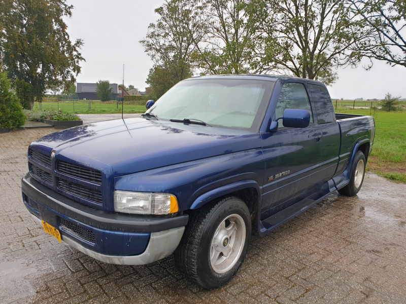 Dodge Ram 1500 bj 7-1996 8 cil autom verkocht