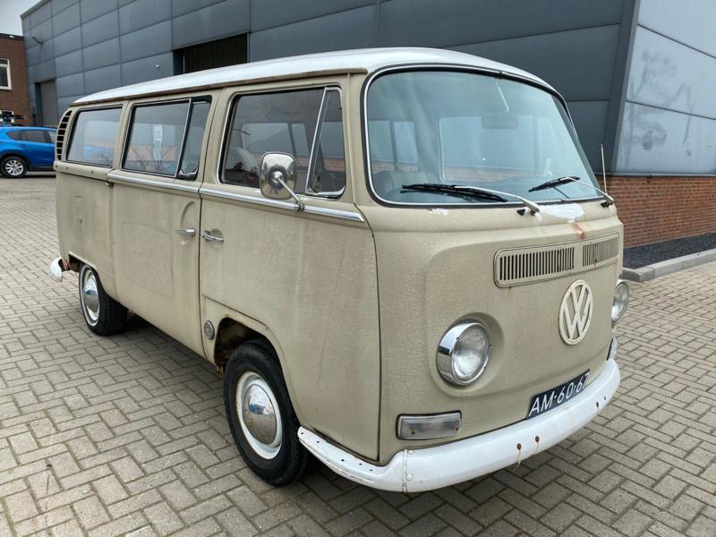 Volkswagen T2 a De Luxe bouwjaar 2-1968 verkocht