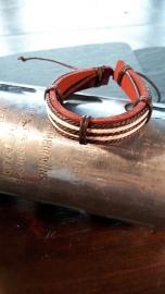 Leren armband, met touw en leer accenten