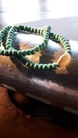 Natuurstenen armband, met tussen kraal (set van 2)