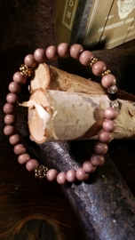 Houten kralen armband, Oudroze