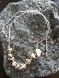 Verstelbaar armbandje wit natuursteen