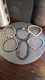 Glaskralen Rocailles armbanden (5 stuks)