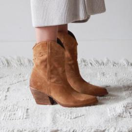 Texas Western laars in 'Cuoio' suede   FELIZ laarzen