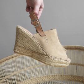Lynn wedge espadrille in 'Saraha'