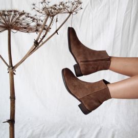 Sylvia slanke laars in 'Date' suede | FELIZ shoes