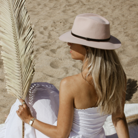 Brasil hat in 'Pale Pink'
