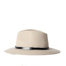 Brasil hat in 'Off white'