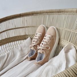 Velvet sneaker in 'Nude' suede