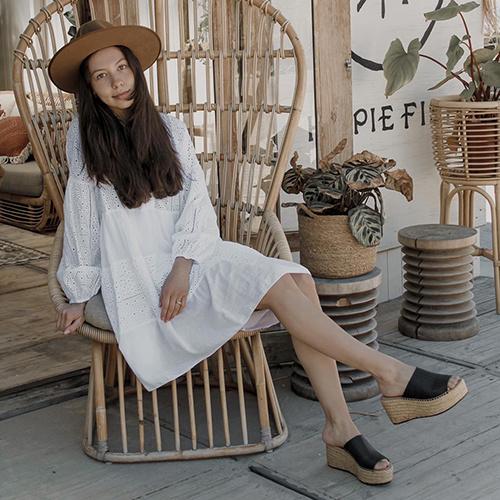 Sarah Croco platform espadrilles in 'Black'