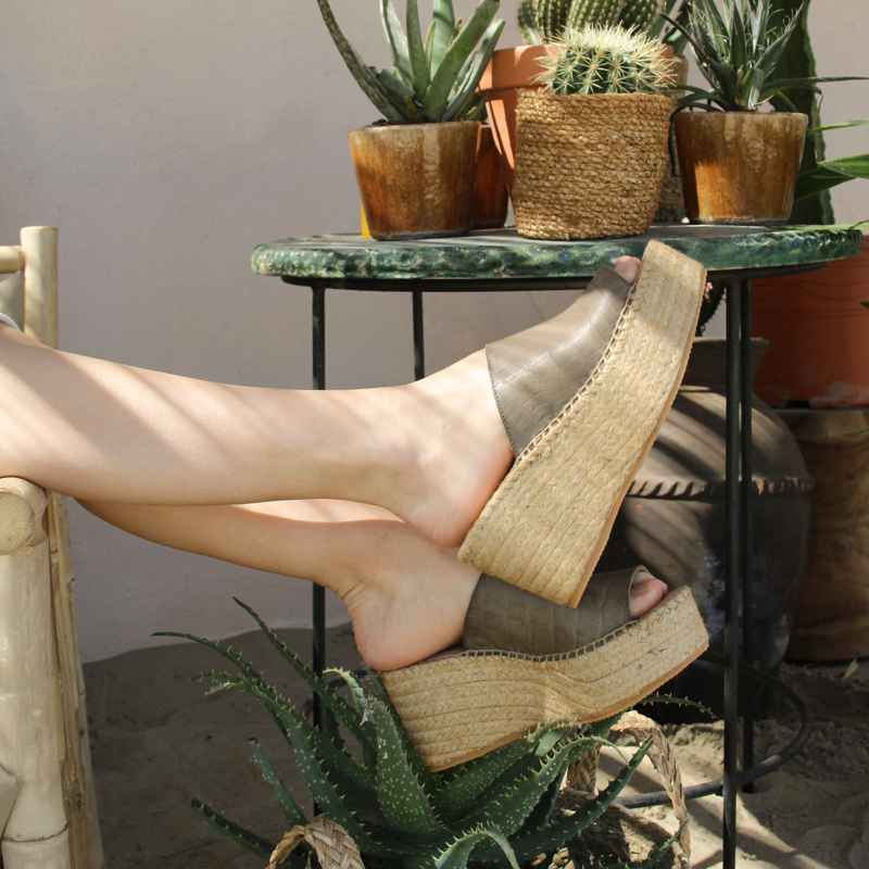 Sarah Croco platform espadrilles in 'Olive'