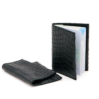 Passport holder in 'Black Croco'