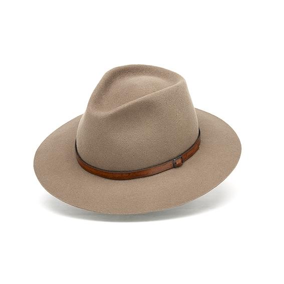 Brasil hat in 'New Beige'