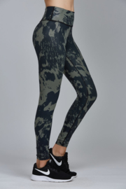 NOLI GLOSS COW LEGGING
