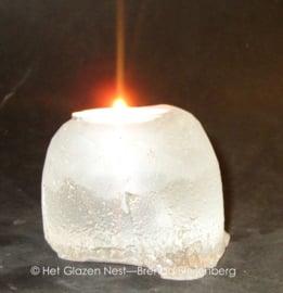 Waxinelichtje in strakke vorm